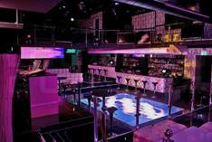 SKYclub Frankfurt - Club in Francoforte (Meno)