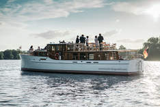 Motoryacht Fitzgerald - Ship in Berlin - Company event