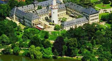 eventlocation schloss und schlosspark bad homburg locationguide24. Black Bedroom Furniture Sets. Home Design Ideas