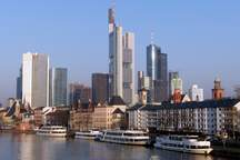 Frankfurt mit dem Maintower als Eventlocation