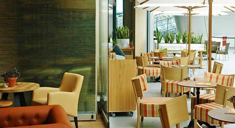 eventlocation alex the squaire locationguide24. Black Bedroom Furniture Sets. Home Design Ideas