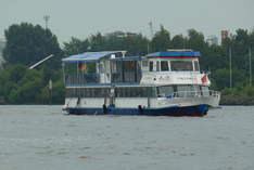 Elbe Erlebnistörns - Mobile Venue in Hamburg - Family celebrations and private parties