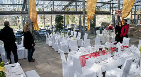 Eventlocation Parkcafe Im Bluhenden Barock Locationguide24