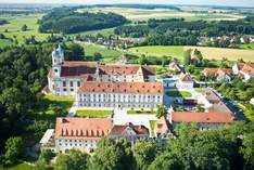 Kloster Holzen Hotel - Wedding venue in Allmannshofen - Exhibition